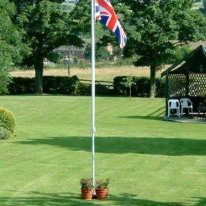 4.5m flagpole