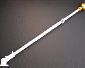 wall-mounted-flagpole2